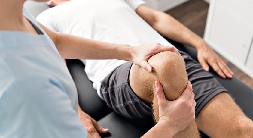 knee bend physical therapy and examination